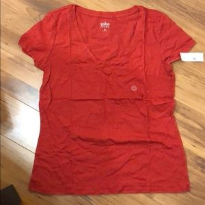 New York & Company Red V neck T-shirt size large